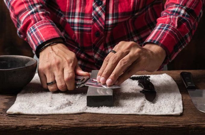 8 Best Hunting Knife Sharpeners That Most Hunters Don't Know About